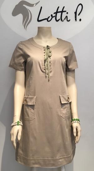 City/Safari klänning från Paris